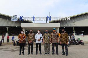 Deputi Bidang Koordinasi Kedaulatan Maritim dan Energi Kemenko Marves Tinjau Pengelolaan Pelabuhan Perikanan Pantai Pondokdadap